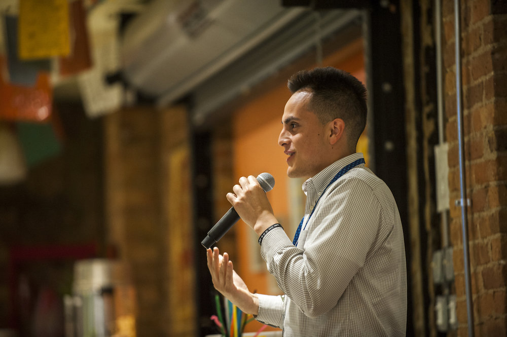 Daniel Flores graduated from Northwestern University in 2014 and the Kellogg School of Management in 2015. He shared his experience as a first-generation student with other participants at ListenUp.