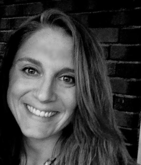 Tess Van Den Bosch | The Consultant