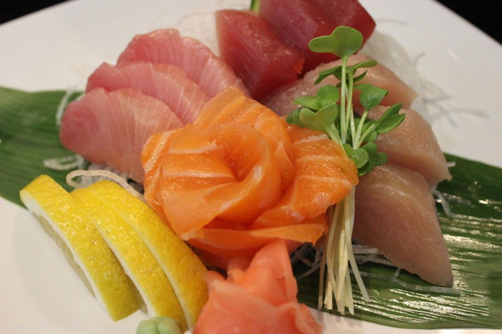 - Ninja Sashimi Plate