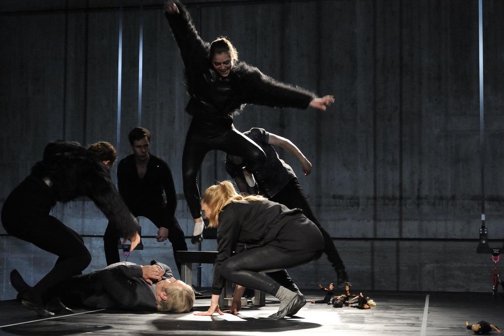 Soprano  (Kopernikus)   Münchener Biennale, Munich, Germany 2014  photo Adrienne Meister