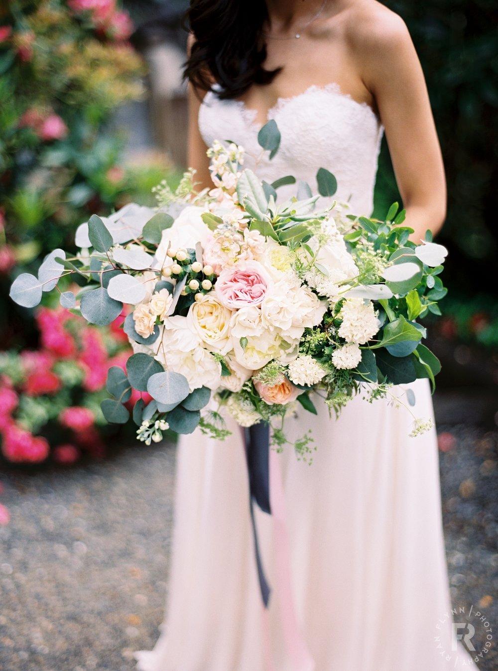 paulinebrent-ryan-flynn-delille-cellars-chateau-wedding-details-0008.JPG