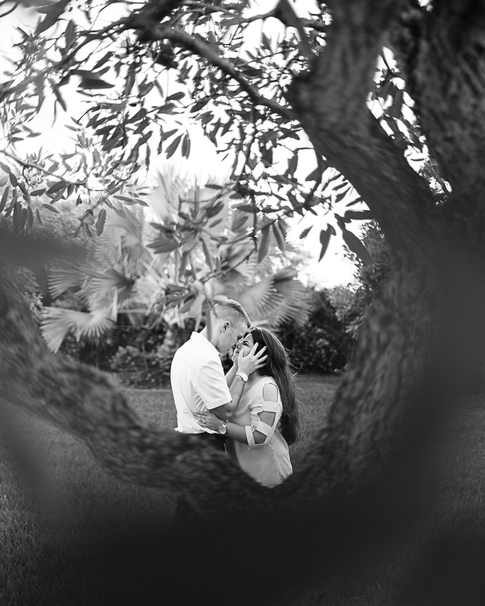 Redlands-Homestead-engagement session-jessenia gonzalez photography (15 of 16).jpg