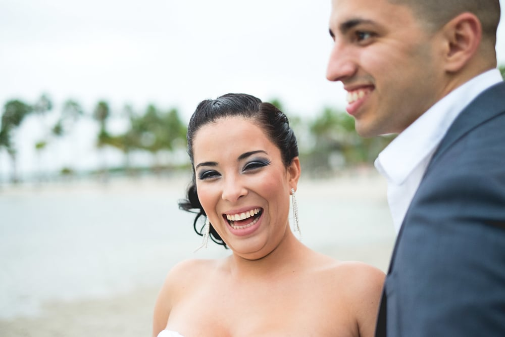fun-miami-wedding-photographer-happy bride