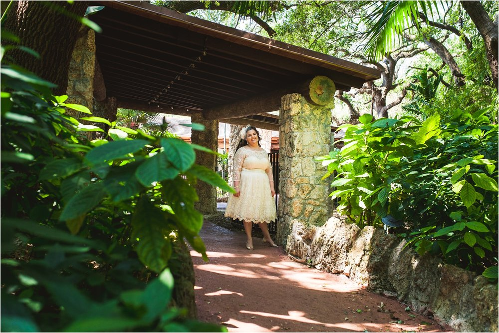 outdoor-rustic-pincrest-gardens-wedding-miami-photographer-jessenia-gonzalez_1005.jpg