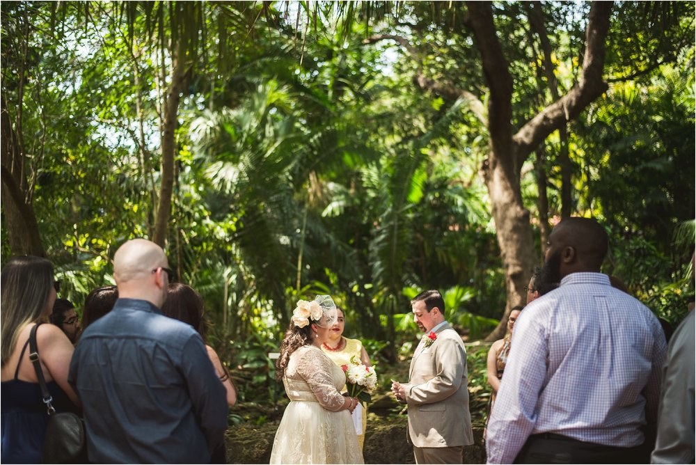 outdoor-rustic-pincrest-gardens-wedding-miami-photographer-jessenia-gonzalez_1035.jpg