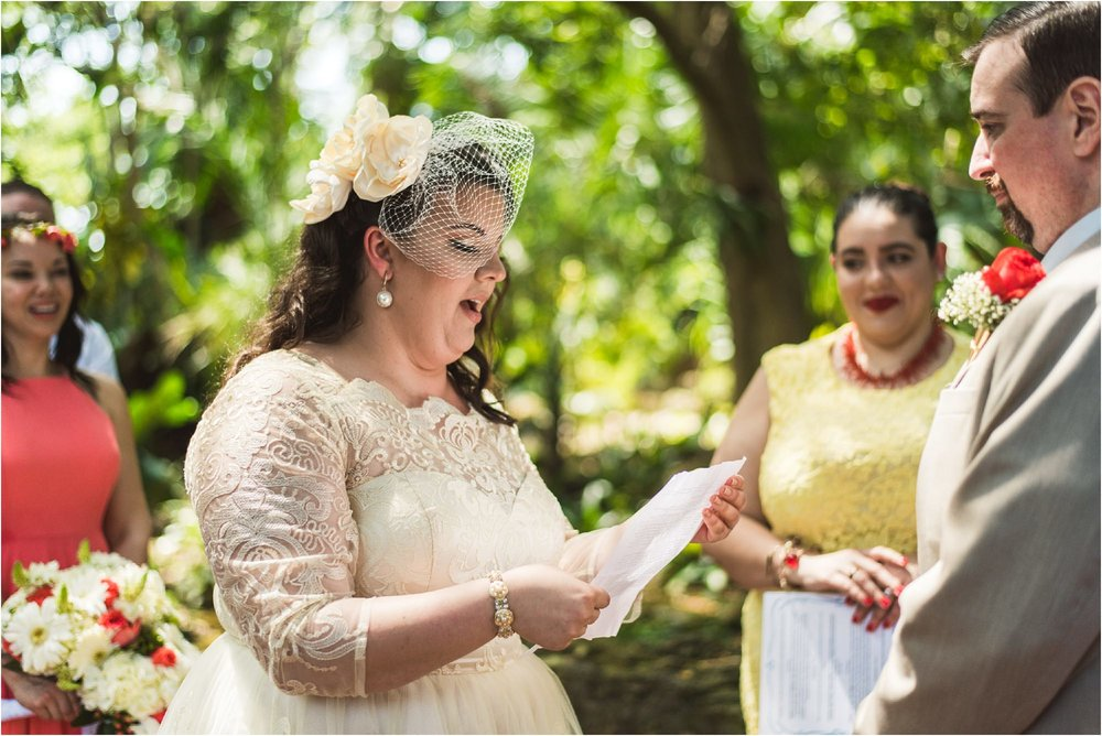 outdoor-rustic-pincrest-gardens-wedding-miami-photographer-jessenia-gonzalez_1037.jpg