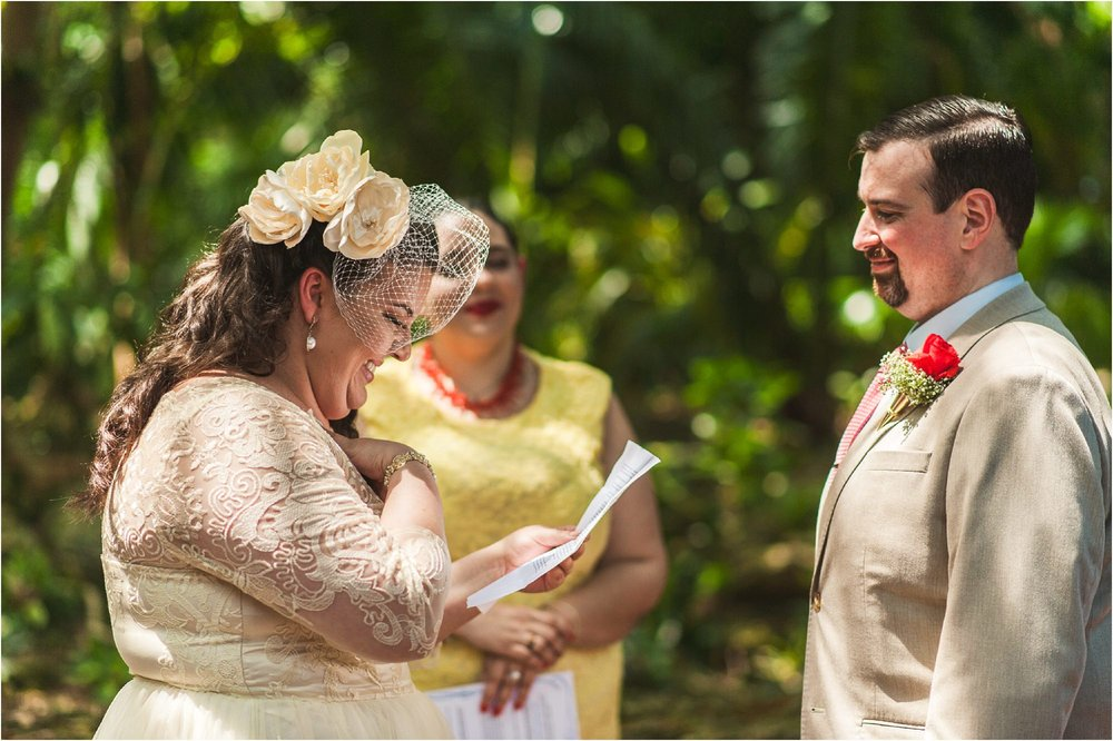 outdoor-rustic-pincrest-gardens-wedding-miami-photographer-jessenia-gonzalez_1039.jpg