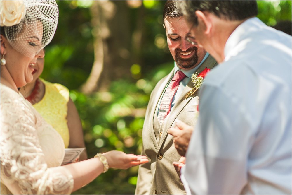 outdoor-rustic-pincrest-gardens-wedding-miami-photographer-jessenia-gonzalez_1040.jpg