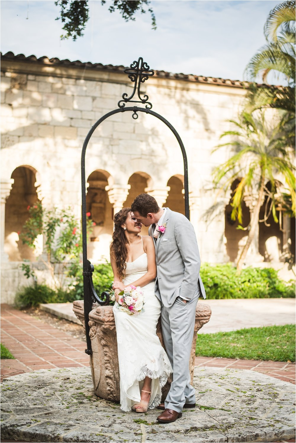 Spanish-Monastery-miami-beach-outdoor-elegant-wedding-photographer-jessenia-gonzalez_1197.jpg