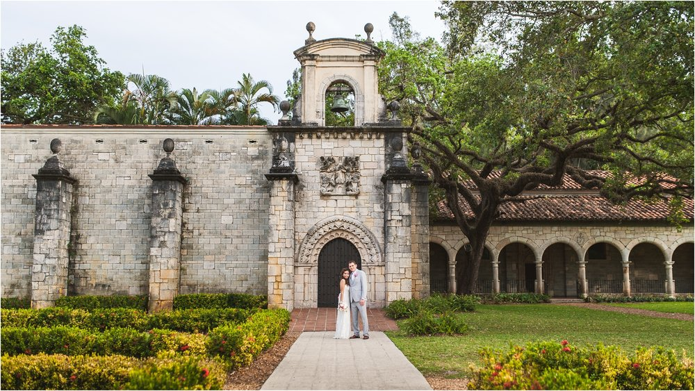 Spanish-Monastery-miami-beach-outdoor-elegant-wedding-photographer-jessenia-gonzalez_1210.jpg