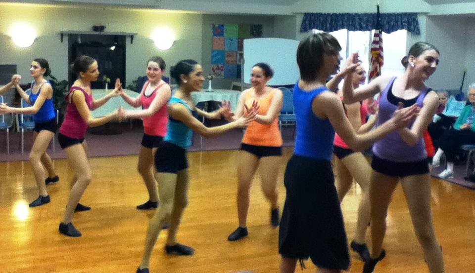 Dancers_2.jpg