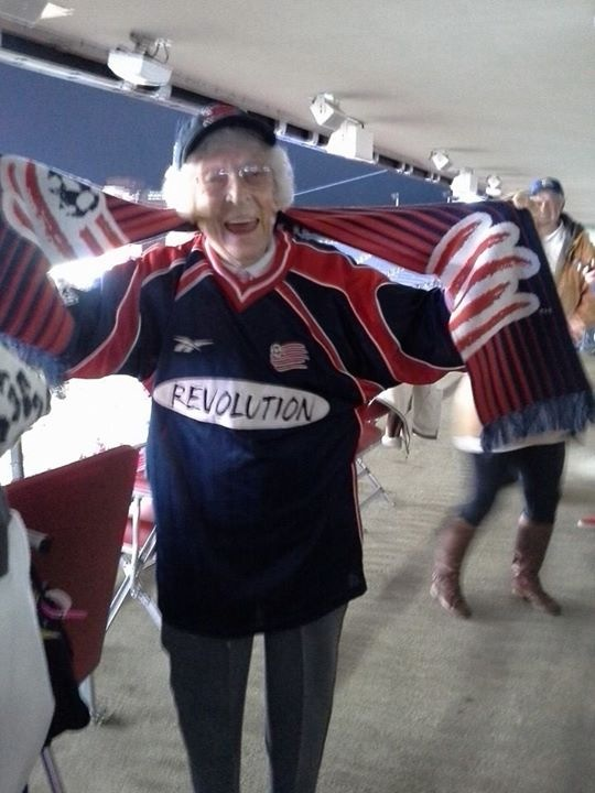 Yvonne_at_New_England_Revolution_Game_2013.jpg