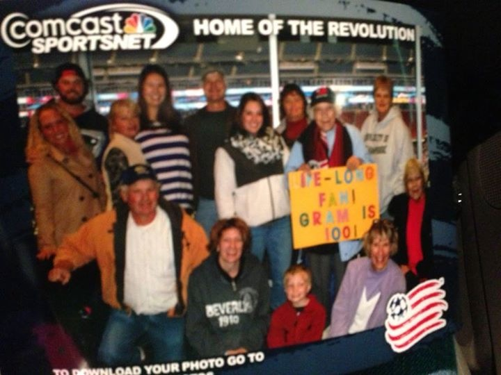 Yvonne_at_New_England_Revolution_Game_2013_with_Family.jpg