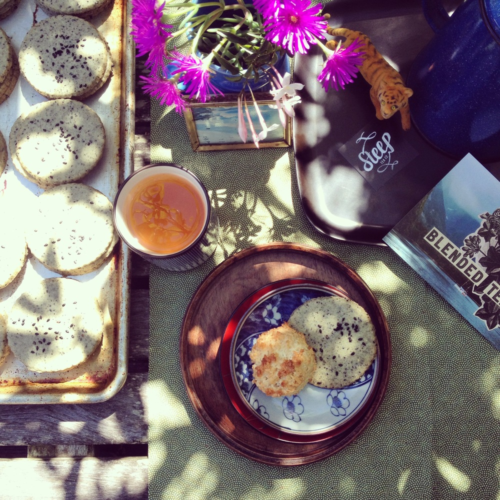 GOLD BAKERY TEA TIME POP-UP AT NEIGHBOR with STEEP TEA CO>