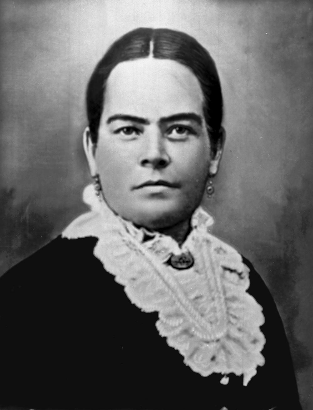 Refugio Amador,  c.1870s-1880s.