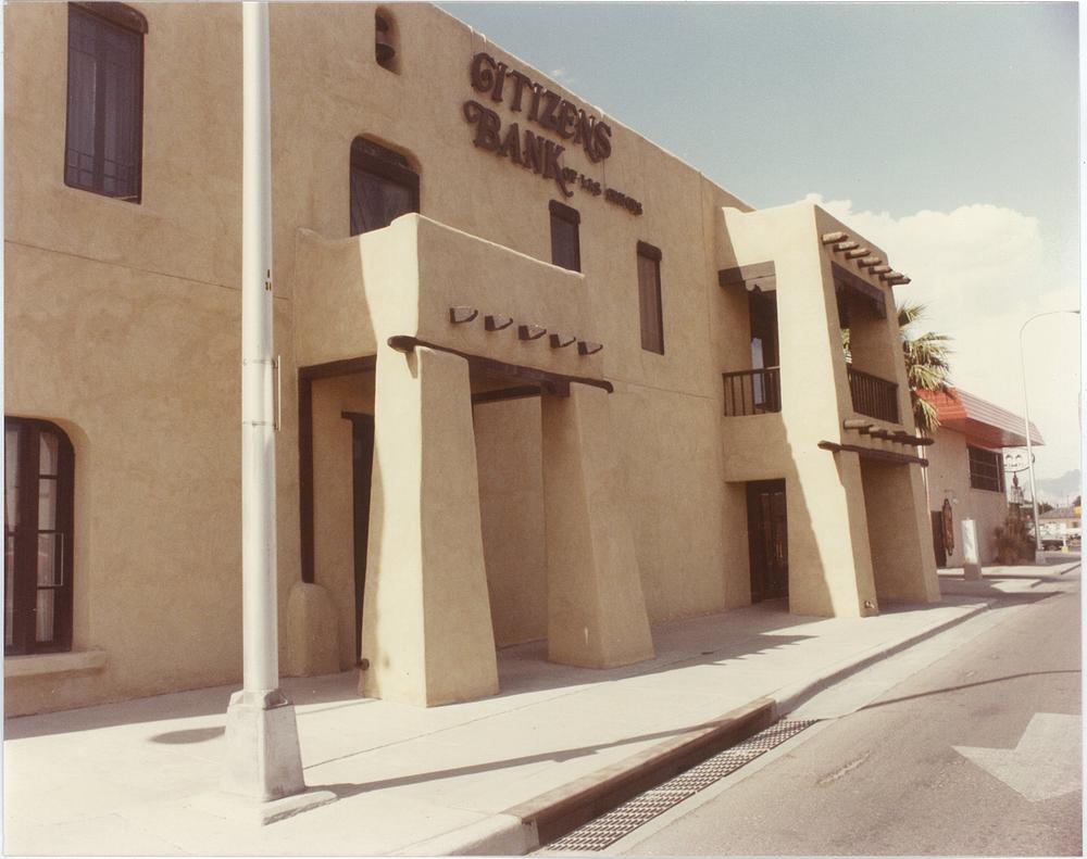 Citizens Bank exterior