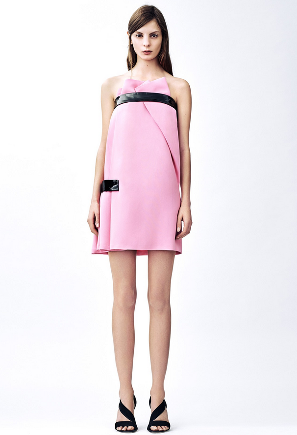 BALANCE WITH  Christopher Kane