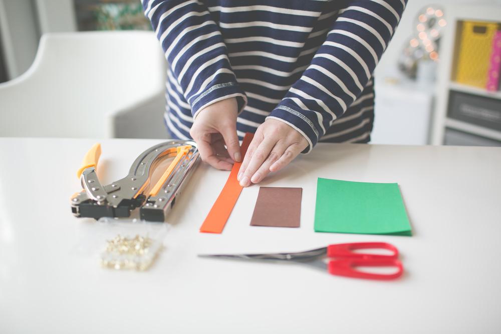 Paper_Pumpkin_DIY_Paper_Craft_Easy_Simple_Cheap_kid_adult_decor_halloween_thanksgiving-103.jpg