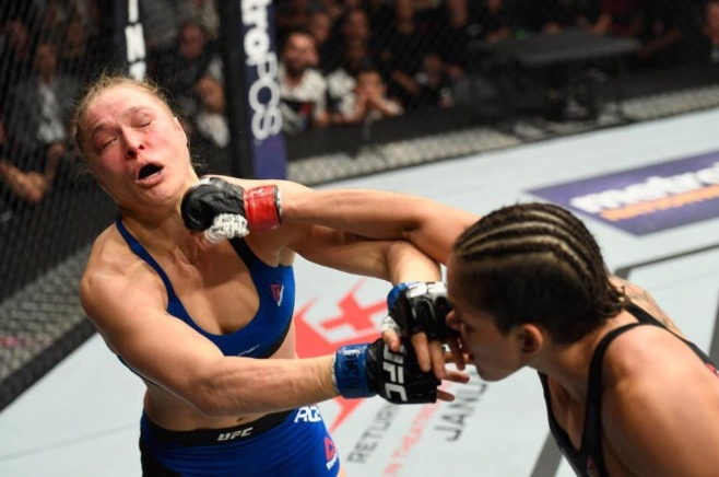 Amanda 48 seconds over Rousey, nuts!