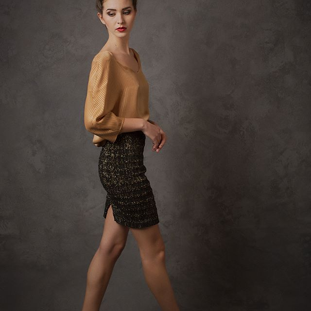 NEW! When's your next party? Finally, after many requests this super stretch ✨Party Skirt✨ is available in an extremely limited quantity. Stretchy all over and in black cotton & gold lurex, perfect for holiday parties, work parties, birthday parties... 🎉 Shop the boutique in Cully, Switzerland or scroll around the e-shop. Link in Bio 🔝 #partytime . . . . #naomiwalsky #newcollection #littleblackskirt #littleblackdress #holidayparty #fashion #style #beauty #fashiondesign #stretchskirt #noir #allseason #supercomfy #eshop #boutique #newaddition #slowfashion #swissmade #swissdesign #madeinswitzerland #pretaporter #lookbook
