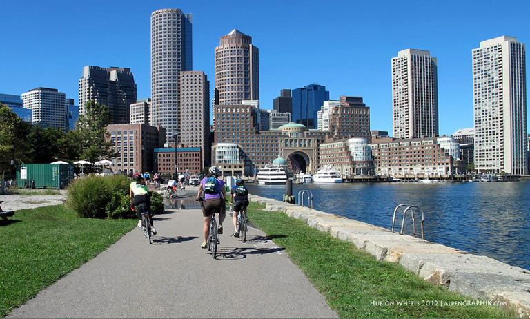 Riders explore Boston during Hub On Wheels