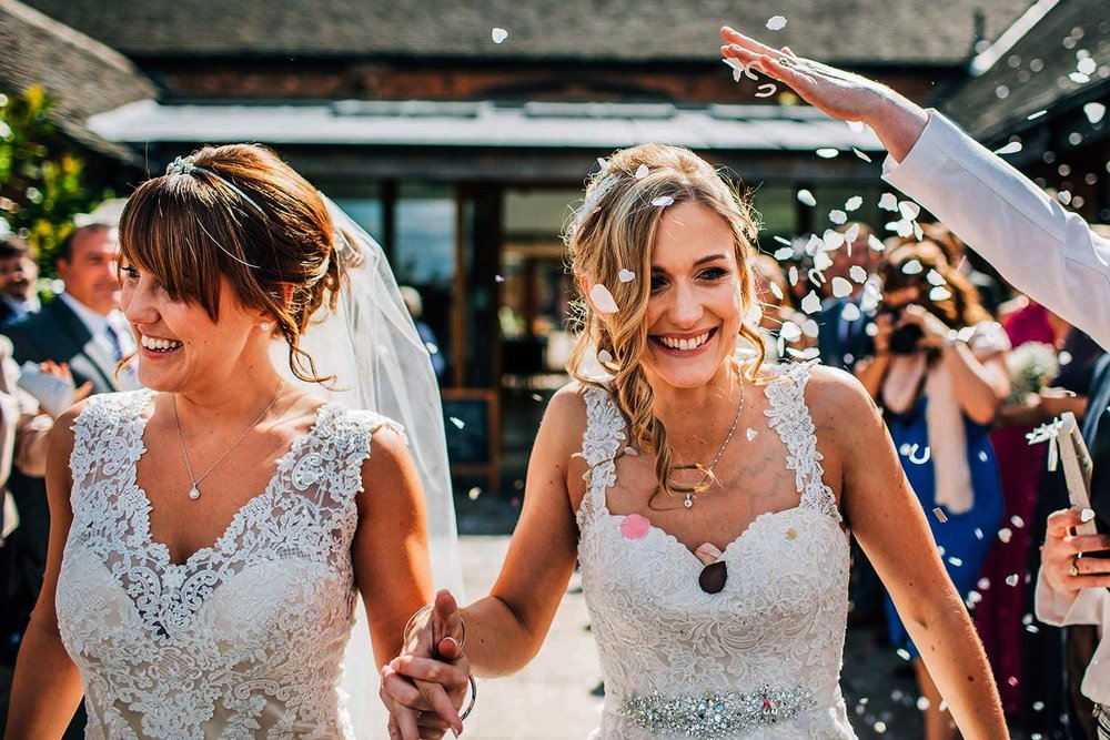 MYTHE BARN WEDDING VENUE PHOTOS