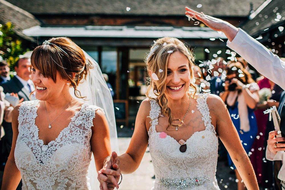 MYTHE BARN WEDDING VENUE PHOTOS
