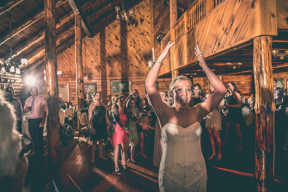 massos-catering-wedding-photographer