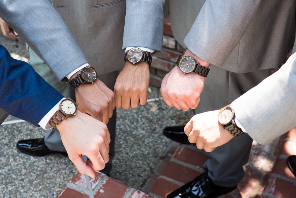 groomsmen-matching-watches