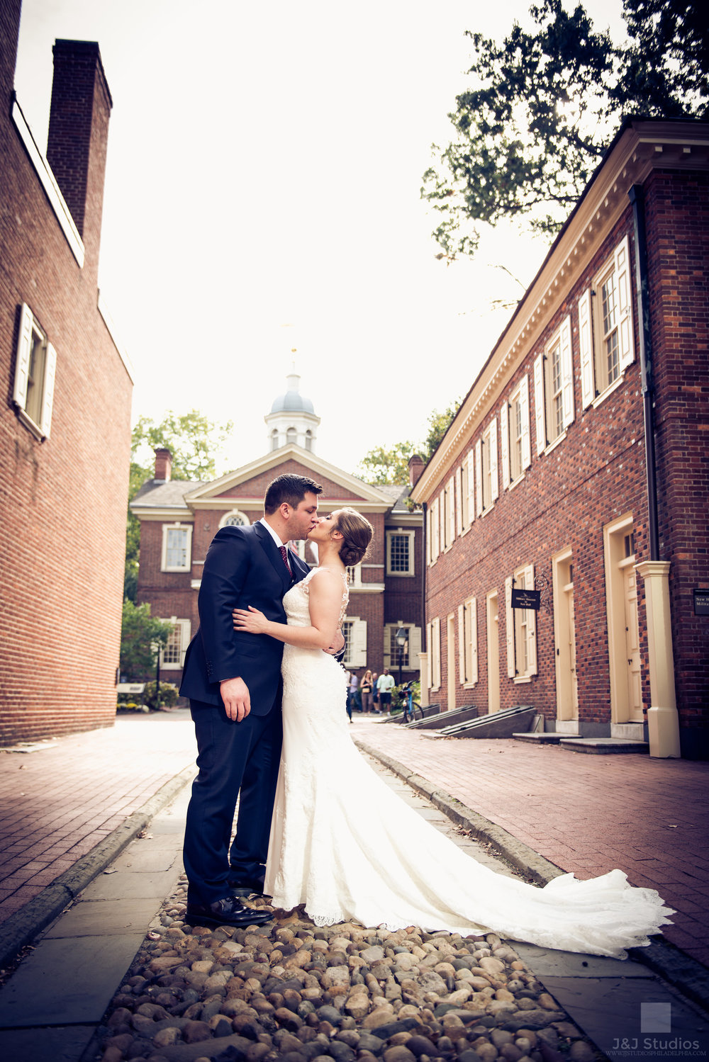 bride and groom at independence mall