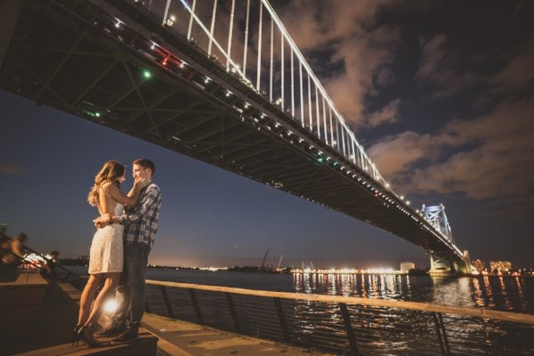 engagement-race-street-pier