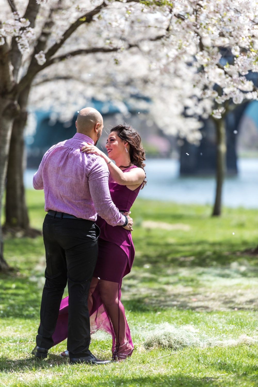 philly-cherry-blossom-engagement-shoot