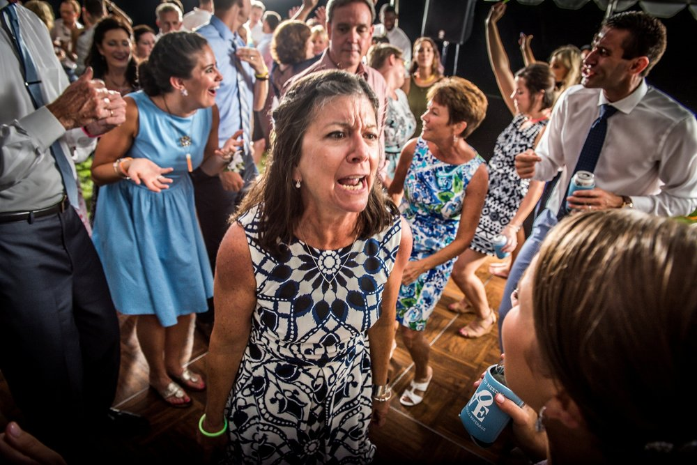 mother-of-bride-crazy-dancing-reception
