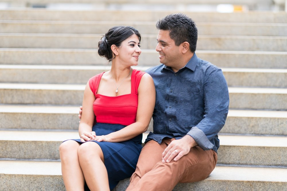 philadelphia-art-museum-engagement-shoot