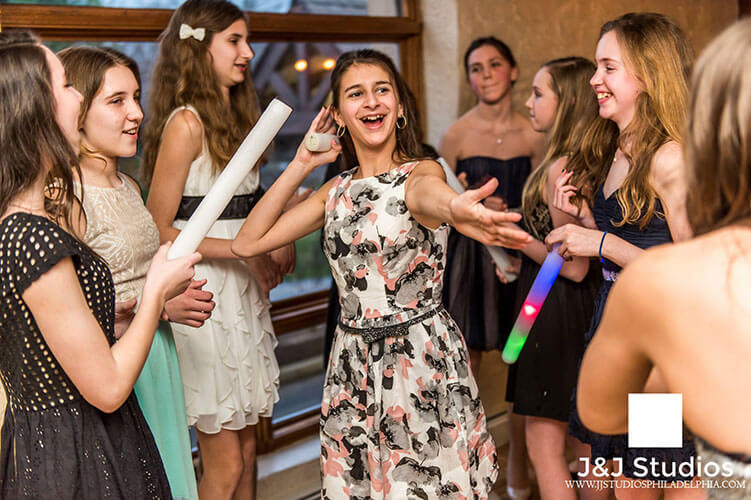 philadelphia-bar-mitzvah-photographer.jpg