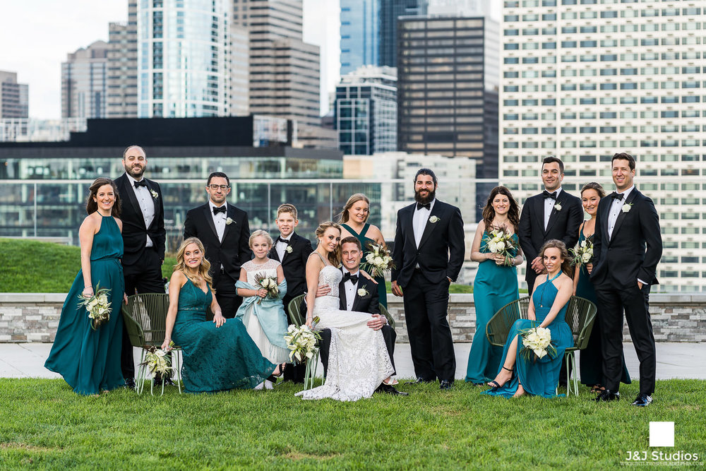 cira-green-bridal-party-portrait