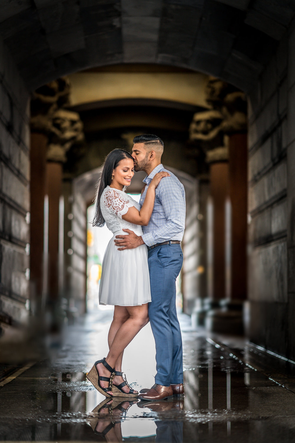 rainy philly city hall engagement shoot