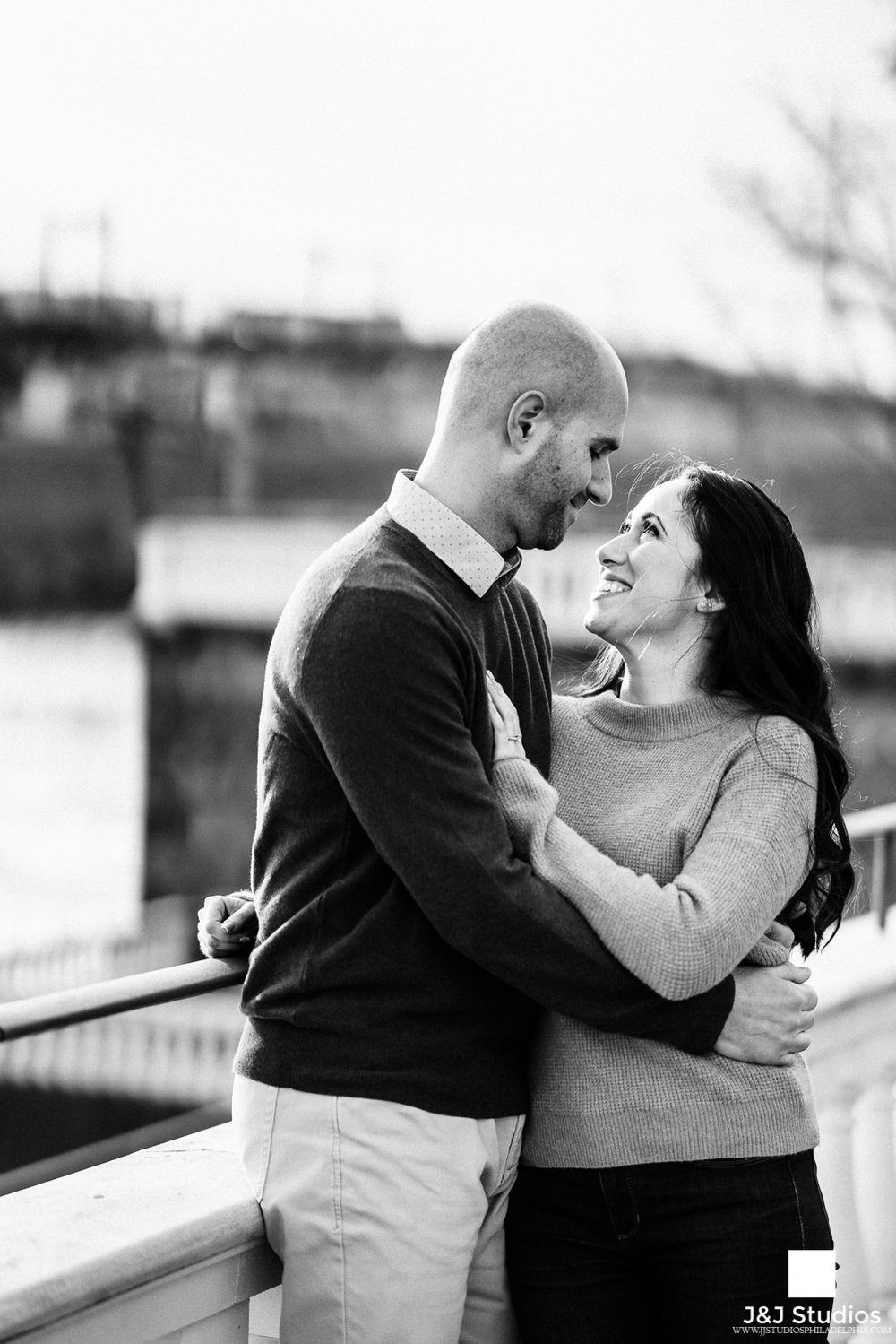engagement shoot philadelphia museum of art