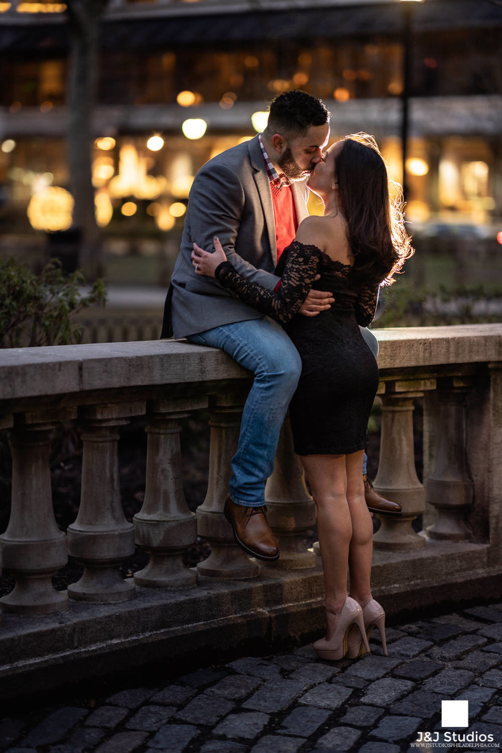 rittenhouse square nighttime engagement portraits