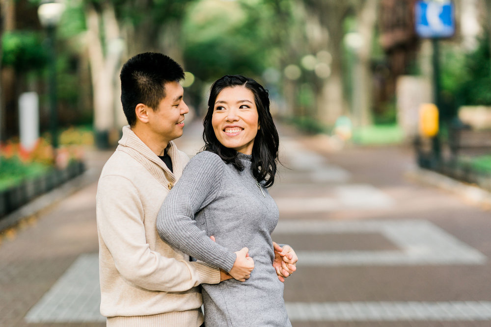 engagement photos at locust walk philly upenn