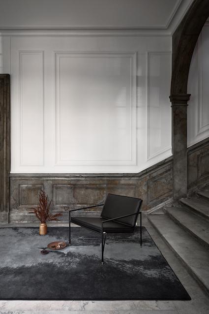 Lounge_Chair_Full_Frame_Staircase_High.jpg