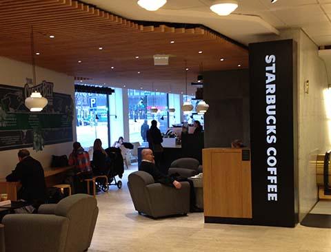 Valomainokset ja teippaukset Starbucks Stockmann / Akateeminen kirjakauppa