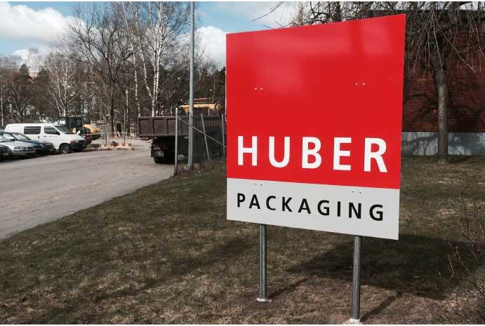 Huber Packaging julkisivukyltit ja opasteet