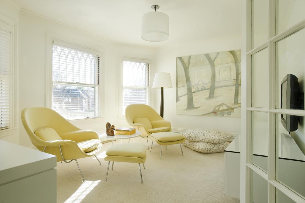 DNE Christine Lane Livingroom.jpg