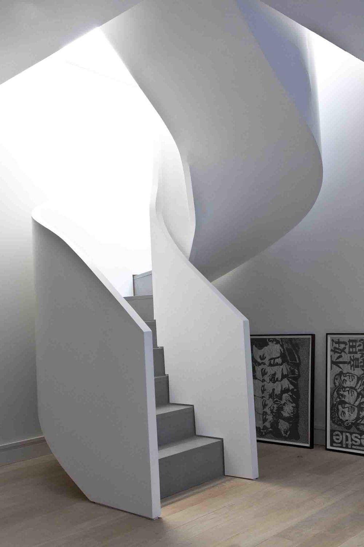 Curved stair 2.jpg