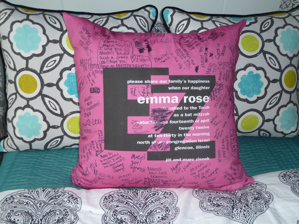 "EMMA'S EZ (27"") PILLOW"