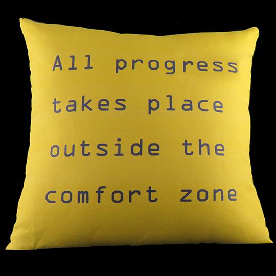 COMFORTZONE3R-inspiration-pillow-C-CIG_IMG002.jpg