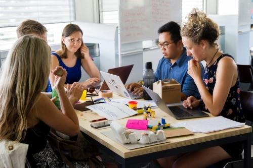 IDS ONLINE TEACHER TRAINING COURSE - Blended Learning Professional Developmentfor International Schools