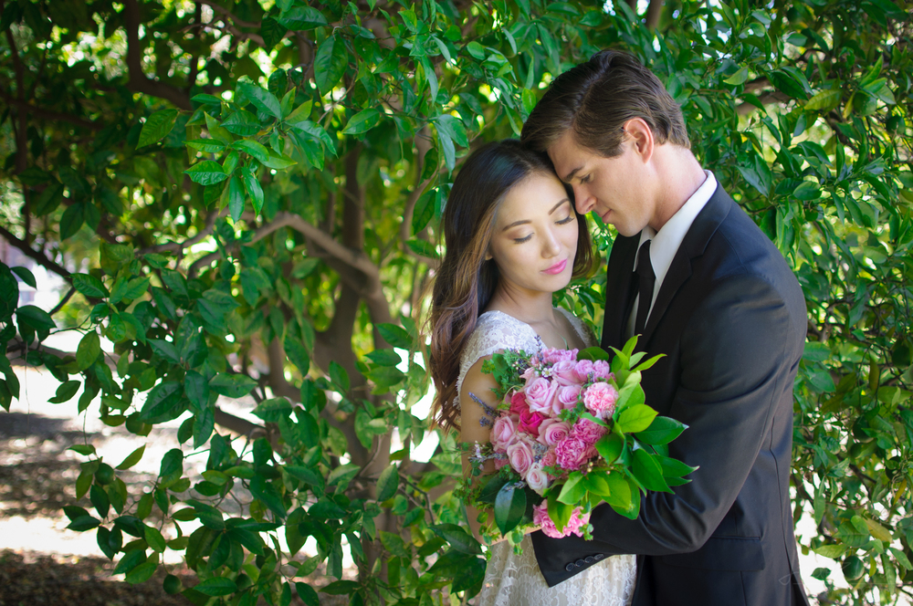 Intimate Vintage Wedding Couple With Pink Bouquet