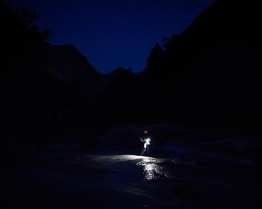 Maya Rochat (Switzerland) exploring rocks and rivers  (photo Alfio Tommasini)